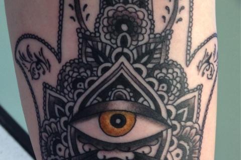 hanna hand tattoo